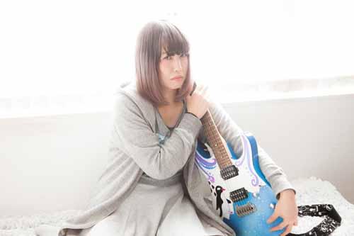 ギター 女性