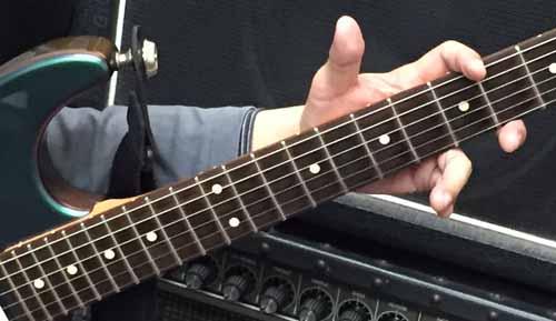 ギター演奏前のストレッチ 07